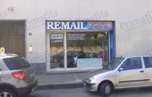 Remail Insegna Fronte Illuminate - Primafila Group Pubblicità e Allestimenti