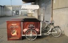 nescafè tandem biciclette banco pubblicità