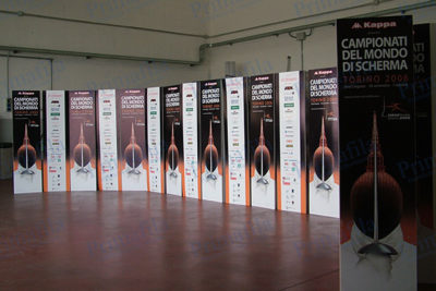 Campionati del mondo scherma Totem trifacciale - Espositore da terra pubblicitario